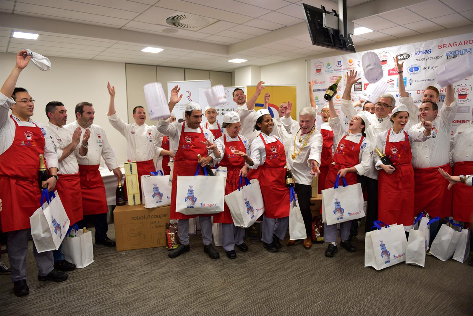 """3ème édition du Concours National Maîtres Restaurateurs  """"Le Panier Mystère"""" à Institut Le Cordon Bleu Paris remporté par Arnaud Bloquel - L'Orchidea à St François (97)"""